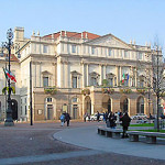 teatro scala-milan_outside